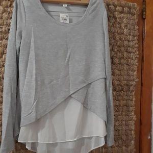 Bar III long sleeve blouse xs